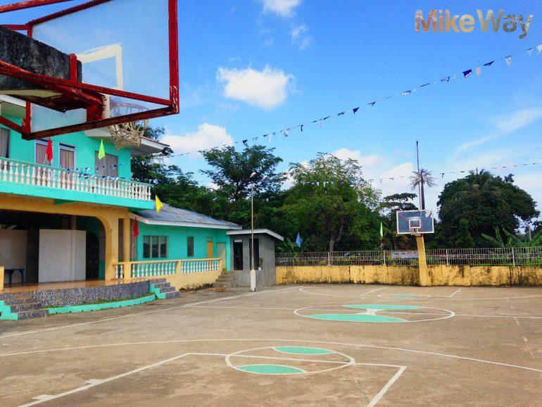 Nie byłbym sobą, gdybym nie zaznaczył koszykarskiego akceptu na Filipinach. Kocham Filipiny za to, że one kochają koszykówkę.
